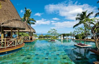 Pool at Le Pirogue Resort in Mauritius