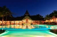 Pool at Shandrani Resort in Mauritius